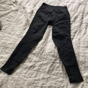 Black Lululemon leggings sz 8